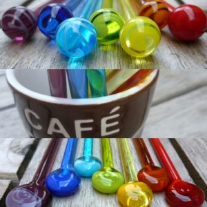 touilleuse-a-cafe-en-verre-de-murano-objet-createur-made-in-france